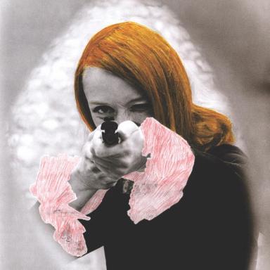 « niki de saint phalle en train de viser », 1972. cat. nouveauréalisme