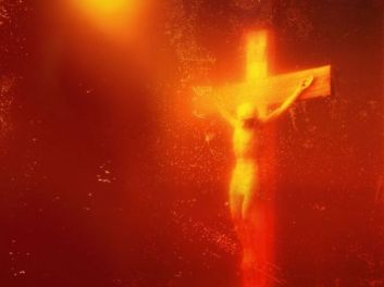 andres serano - piss christ 1987