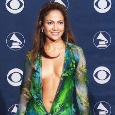robe verte décolleté Versace